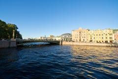 Broar och kanal Arkivfoto
