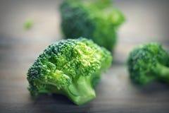 brocaded Ny grön broccoligrupp royaltyfria foton