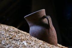 Brocca dell'argilla Immagine Stock Libera da Diritti