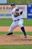 Brocca di baseball della Lega Minore - consegna Fotografia Stock