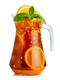 Brocca di cocktail analcolico con i frutti arancio e marino-buc pieni Immagini Stock Libere da Diritti