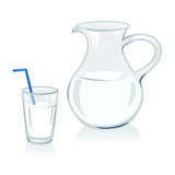 Brocca e vetro con latte Immagine Stock