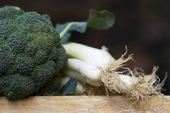 Broccoli en uien stock fotografie