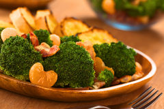 Broccoli Mandarin Bacon Salad Stock Photography