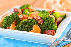 Broccoli, Mandarin and Bacon Salad Stock Images