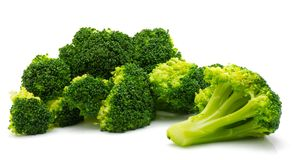 Broccoli op wit royalty-vrije stock fotografie