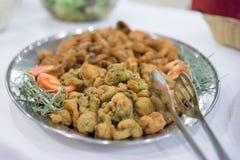 Broccoli in pastella alla tavola di buffet Fotografie Stock Libere da Diritti