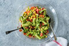 Free Broccoli Salad With Red Pepper And Corn In Glass Bowl Royalty Free Stock Photography - 157511757