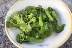 Broccoli siciliani cotti a vapore Fotografia Stock Libera da Diritti