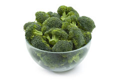 Broccoli sulla ciotola isolata Fotografie Stock Libere da Diritti