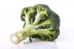 Broccoligroente op wit Royalty-vrije Stock Fotografie