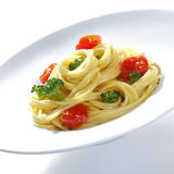 broccoliparmesanspagetti arkivbild
