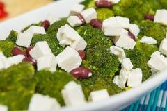 Broccolisalladnärbild Arkivbilder