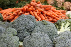 Broccolo e carote Immagine Stock