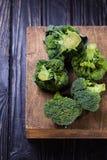 Broccolo grezzo fresco Fotografia Stock Libera da Diritti