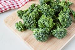 Broccolo grezzo fresco Fotografia Stock
