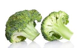 Broccolo isolato su una priorità bassa bianca Fotografie Stock Libere da Diritti