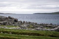 Broch d'île d'Orcades antique de règlement de Gurness Ecosse R-U Photographie stock