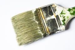 Brocha usada aislada en el fondo blanco Imagen de archivo