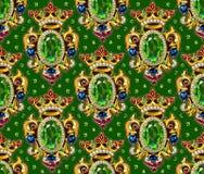 Broche冠无缝的样式绿色背景宝石 免版税库存图片