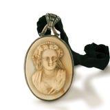 Broche de las señoras mayores del oro y de la marfil Imagen de archivo libre de regalías