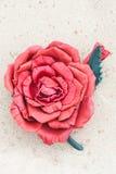 Broche hecha a mano del cuero del color de la flor Foto de archivo libre de regalías