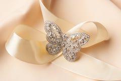 Broche na forma da borboleta com diamantes Imagem de Stock