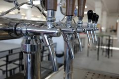 Broche pour la bière pression photographie stock libre de droits