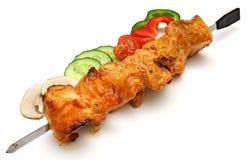 Brochette avec le chiche-kebab et les légumes Images stock