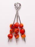 Brochettes de tomate-cerise Photos libres de droits