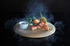 Brochettes des saumons Photographie stock libre de droits