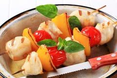 Brochettes grillées de poulet Image libre de droits
