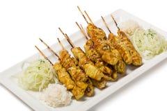 Brochettes grillées de poulet dans le style Yakatori Images libres de droits