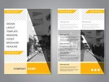 Brochure moderne avec la conception de triangle, insecte abstrait avec le fond de la rue monochrome de ville Calibre de dispositi Photo stock