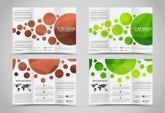 Brochures se pliantes de conception avec les éléments polygonaux Images libres de droits