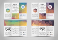 Brochures se pliantes de conception avec les éléments polygonaux Images stock