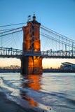 brocincinnati john ohio roebling inställning Roebling upphängningbro i Cincinnati Royaltyfria Bilder