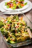 Brocoli cuit au four avec de la salade de tomate Photographie stock libre de droits