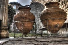 Brocs géants de vin au palais de Topkapi, Istanbul Images stock