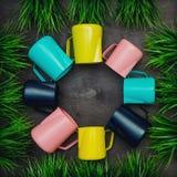Brocs pour différentes couleurs de barman photographie stock libre de droits