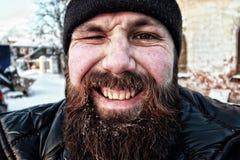 Brodaty brudzi mężczyzna zimę Obrazy Stock