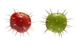 Broddade äpplen Rött och grönt Arkivbilder