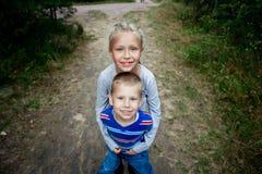 Broder And Sister Royaltyfri Foto