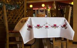 Broderad tablecloth Royaltyfri Fotografi