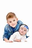 Brodern och hans härliga lilla syster royaltyfri fotografi