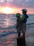 Broderpojkar Fotografering för Bildbyråer