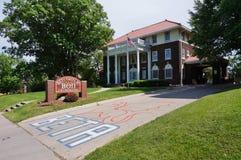 Broderskap- och kvinnoföreninghus på den Iowa delstatsuniversitetet royaltyfri bild