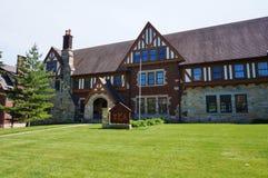 Broderskap- och kvinnoföreninghus på den Iowa delstatsuniversitetet royaltyfri fotografi
