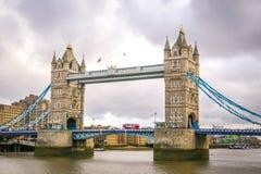 broengland london torn Royaltyfri Bild