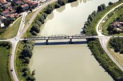 broflod Arkivbild